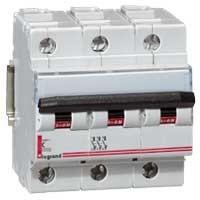 Выключатель автоматический трехполюсный 100А С ВА 47-100