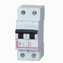 Выключатель автоматический двухполюсный 10А C DX3-E Legrand